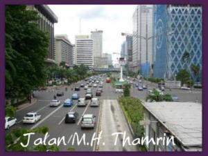 Jalan Thamrin: i have NEVER seen it this 'quiet' before!